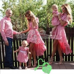 Женское и детское платье, мужская и детская рубашка розовый