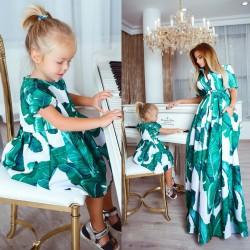 Роскошное детское платье 10694